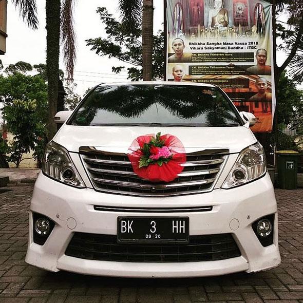 Sewa Mobil Mobil Wedding
